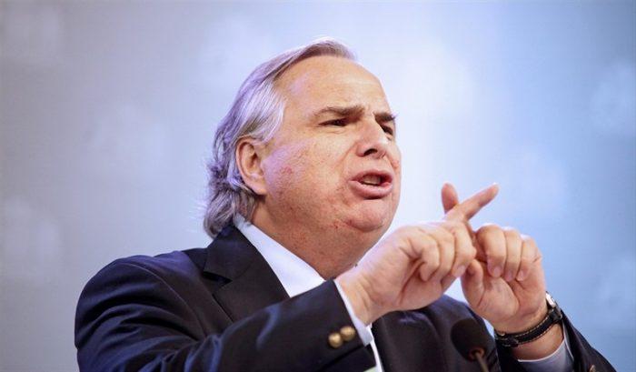 Chadwick espera que los procedimientos de las FF.EE en La Araucanía sean