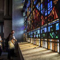 Exposición revela los secretos de los vitrales de la Basílica Nuestra Señora de Lourdes