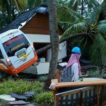 Elevan a 429 los muertos en el tsunami de Indonesia