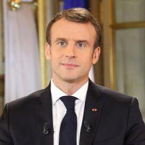 Macron subirá el salario mínimo y bajará impuestos para calmar las protestas de los