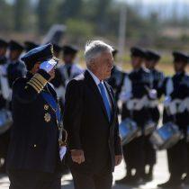 Ex comandante en jefe de la FACh se lanza contra Piñera por críticas a cambio de mando