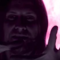 """Videoclip de Crettino """"Demos Vueltas"""": un sueño psicodélico hecho realidad"""