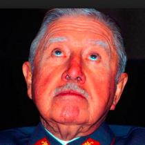 ¿Por qué la derecha resucitó el fantasma de Pinochet?