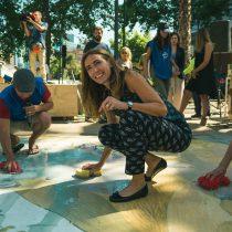 Lanzan pack de cerveza para financiar la limpieza de las playas de Chile