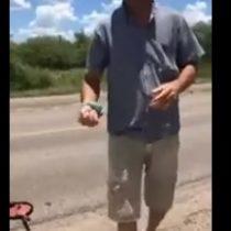 Este hombre se hizo viral por cocinar al calor del cemento