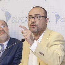 Seminario de la Universidad de Talca analizó el avance del populismo en Chile