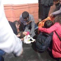 Jornada de protestas en puerto de Valparaíso deja a cuatro personas heridas luego de un atropellamiento en medio de manifestación