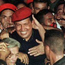 Cómo era la Venezuela en la que triunfó Chávez hace 20 años (y en qué se parece a la actual)