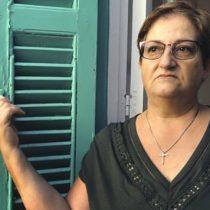 División de Chipre: la mujer que encontró 40 años después los restos de su padre desaparecido en un conflicto que sigue abierto en Europa