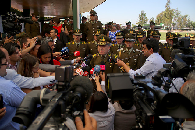 Hermes Soto se victimiza y justifica su negativa a renunciar a la dirección general de Carabineros