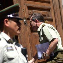 Se complica salida de Hermes Soto y general director de Carabineros se resiste a renunciar