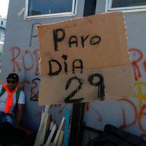 Felipe Larraín preocupado por el paro en Valparaíso: