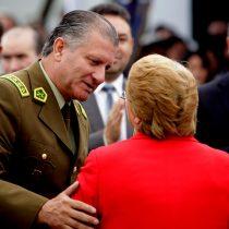 El año negro de Bruno Villalobos: Juez Carroza dicta detención contra el general que blindó Bachelet