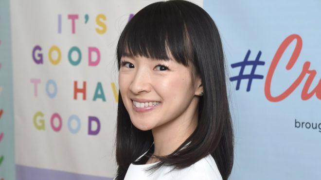 Marie Kondo: qué hay detrás del éxito de la gurú japonesa del orden… ¿te puede llevar su método a la felicidad?