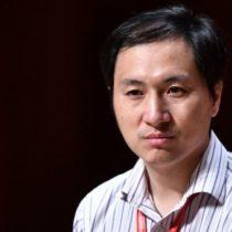 """""""Buscaba fama y fortuna"""": la dura acusación de China contra He Jiankui, el científico que aseguró haber modificado genéticamente a dos bebés"""