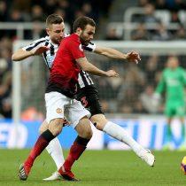Alexis dio asistencia en victoria del Manchester United ante el Newcastle