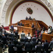 Venezuela: Parlamento declara usurpador a Maduro e incentivará no reconocer su mandato