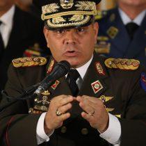 """Ministro de Defensa de Maduro compara """"libreto"""" de EE. UU. hacia Venezuela con Libia"""