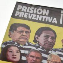 Peruanos reciben el 2019 con protestas por cese de fiscales de caso Odebrecht