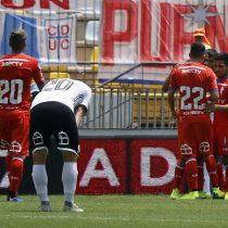 Universidad Católica se lleva el primer clásico ante Colo Colo que aún no consigue ganar
