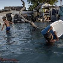 """Reconozcamos a los """"refugiados climáticos"""""""