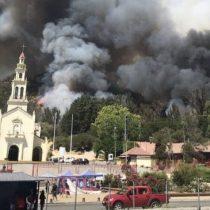 Incendio forestal se registra en las cercanías del Santuario de Lo Vásquez