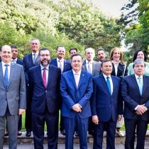 Políticos de oposición y exjefa de gabinete de Bachelet firman carta en apoyo a declaración del Grupo de Lima
