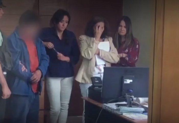 Jueza queda en shock luego de ver video de sargento de la Armada que abusaba de su hija