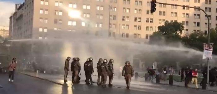 Carabineros dispersa violentamente manifestación en memoria de Camilo Catrillanca