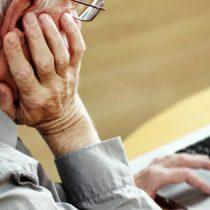 Alianza permite a adultos mayores optar a talleres de alfabetización digital