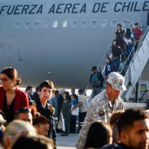 Se repite la fórmula: esta semana parte nuevo grupo de haitianos y vuelven más chilenos desde Venezuela