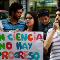 """Red de Afectados de Becas de Doctorado Nacional: """"Hemos sufrido la reducción y la pérdida de beneficios en perjuicio del desarrollo científico del país"""""""