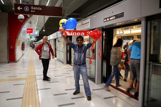 """""""Un lujo"""": entra en operaciones la línea 3 del Metro que conectará La Reina y Quilicura en 30 minutos"""