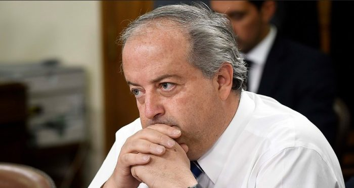 Monckeberg llama a la oposición a aprobar idea de legislar reforma a pensiones