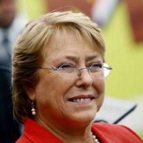 El fantasma de Michelle Bachelet ronda La Moneda y a la oposición