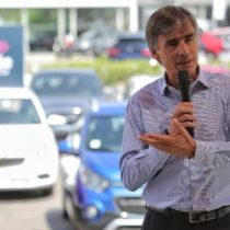 """Valente celebra récord de venta de autos nuevos: """"Demuestra que Chile está en marcha"""""""