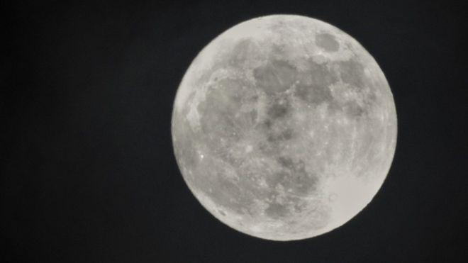 """Superluna: qué es la """"Luna de Nieve"""" que se verá este martes"""