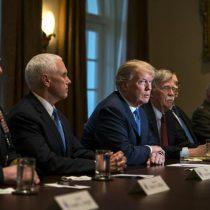 Trump dice que enviar militares a Venezuela es