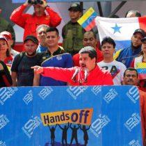 Maduro pide a militares defenderlo si lo derrocan y rompe relaciones con Colombia