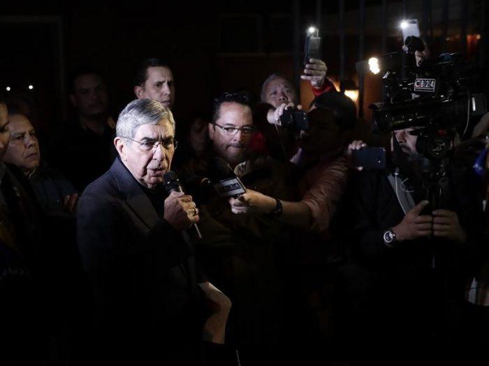 El derrumbe del Nobel de la Paz: surgen más denuncias por acoso sexual contra Óscar Arias