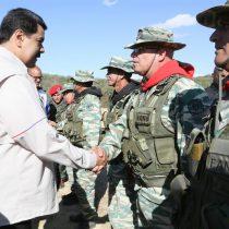 """Maduro inicia ejercicios militares bajo la consigna """"Fuera Trump"""""""