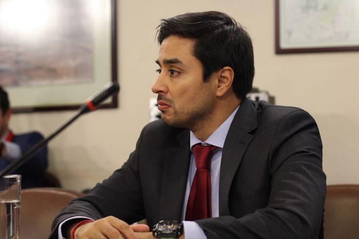 Diputado UDI presenta proyecto de ley para endurecer penas por difusión de imágenes de personas fallecidas en trágicas consecuencias