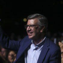 De nuevo Lavín: alcalde de Las Condes sigue liderando la aprobación de políticos en la Cadem