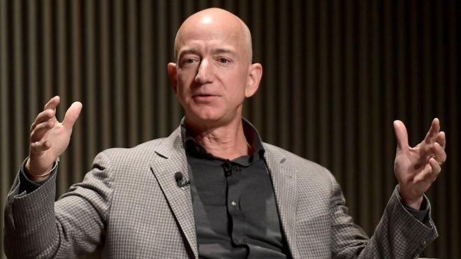 Dueño de Amazon acusa a una revista pro Trump de chantajearlo con la publicación de fotos íntimas