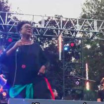 Xiomara Fortuna, la cantante afrodominicana que sorprendió al público de Womad Chile con su potente discurso