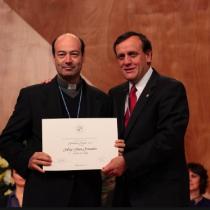 Rodrigo Polanco, el influyente sacerdote UC denunciado por acoso sexual que aproblema a Ignacio Sánchez
