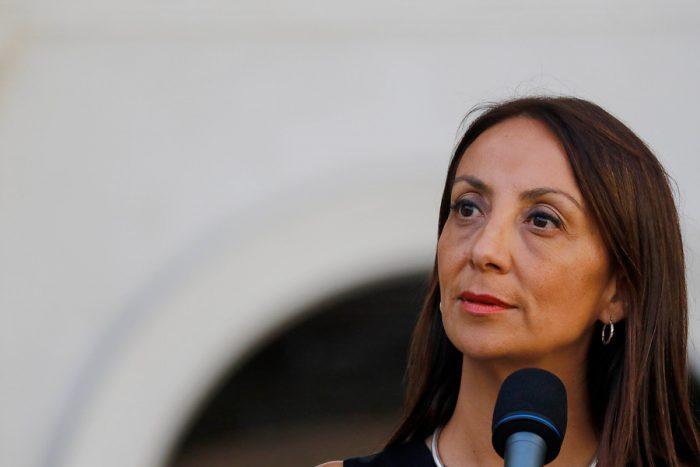 Cecilia Pérez con los ojos en la espalda: UDI busca cobrar cuentas pendientes en su momento de mayor debilidad en el Gobierno