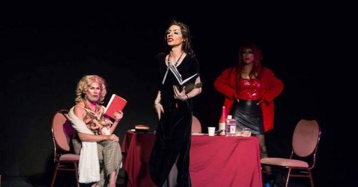 """Obra """"Las poetisas"""": teatro y poesía queer en Antofagasta"""