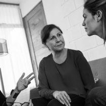 """Película """"Apego"""": un retrato de la vida de las familias de exiliados chilenos"""