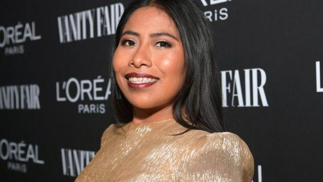 """Yalitza Aparicio: la polémica portada de una revista en la que aparece la protagonista de """"Roma"""" nominada al Oscar"""